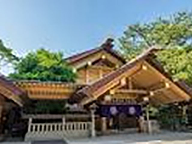 名古屋念法寺の近くにある熱田神宮