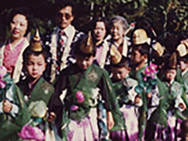 創立10周年を記念して行われた廿五菩薩お練り供養・稚児行列