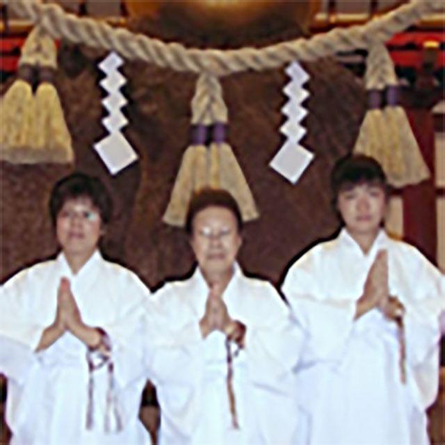 家族チーム:吹田念法寺(母娘孫の3世代)