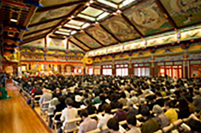 第2会場の法堂