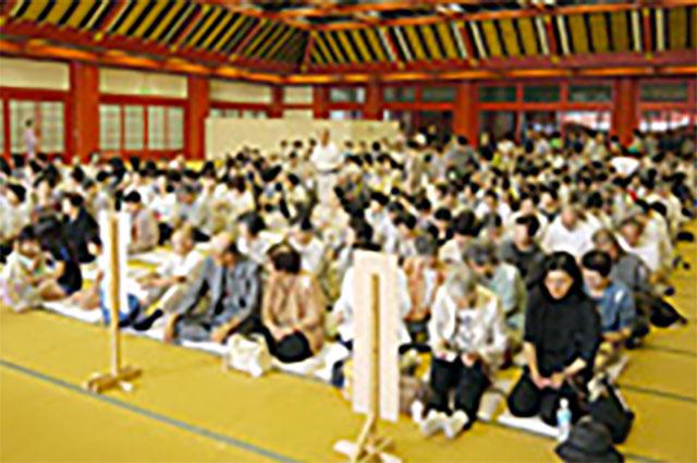 拝殿礼拝堂